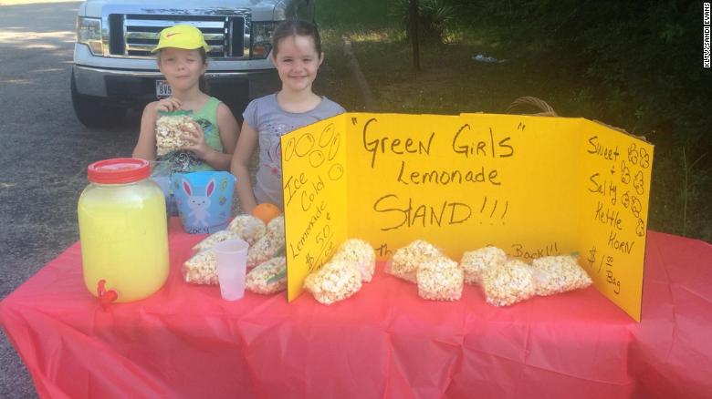 green-girls-lemonade