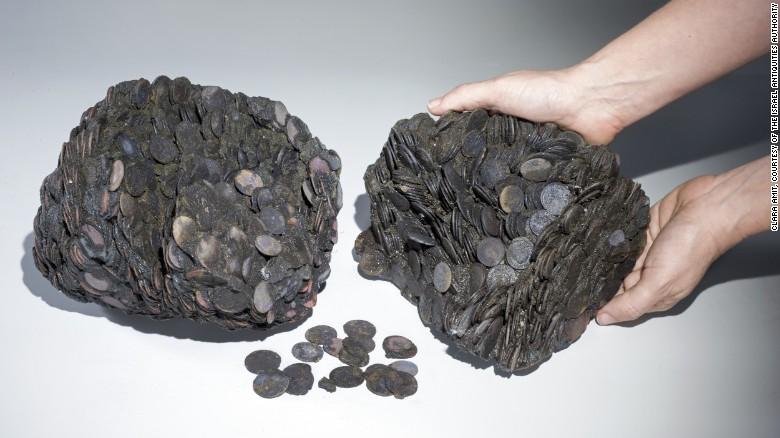 Caesarea-Israel shipwreck-coins