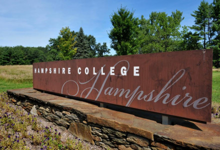 hampshire-college